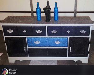Dresser for Sale in Fort Wayne, IN