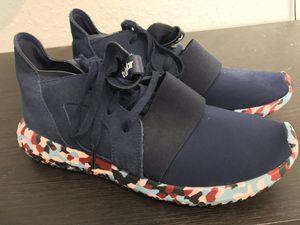 Adidas Tubular Women's Size 8 for Sale in Hialeah, FL