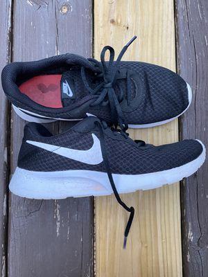 Women's NIKE running shoes for Sale in Wakefield, MI