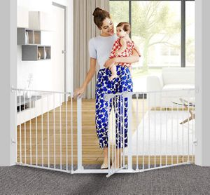 """Auto Close Baby Gate Foldable Extra Wide 33""""-80""""wide 30""""high for Sale in Las Vegas, NV"""