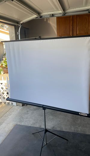 Champion projector screen with stand for Sale in San Jose, CA