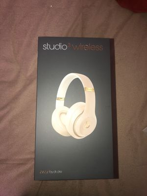 Beats studio3 wireless for Sale in Davis, CA