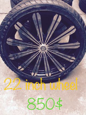 22 inch wheels and tires in very good condition for Sale in Detroit, MI