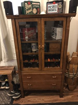 Cabinet/hutch for Sale in Colorado Springs, CO