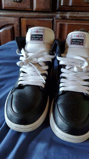 Air Jordan 1 mid se for Sale in Avondale, AZ