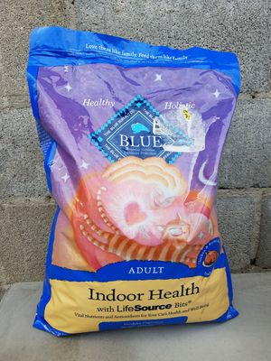 Blue Buffalo Adult Cat Food 1 for Sale in Mercedes, TX