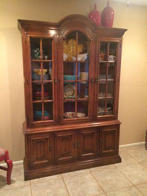 Medium Oak China Cabinet for Sale in Gilbert, AZ