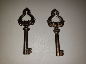 24 Antique Keys for Sale in Arnold, MO