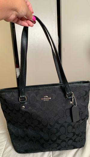Black Coach medium tote bag for Sale in Seattle, WA