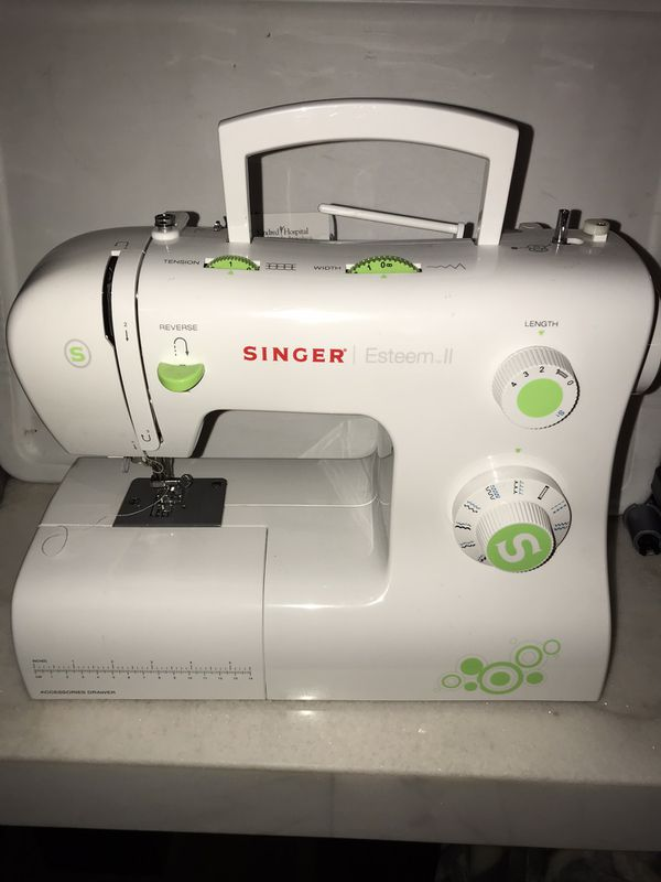 Singer esteem ii sewing machine missing cable don't know if it works