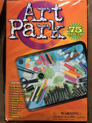 Kids paint/Art supply kit . Fun Fun Fun Never used for Sale in Nashville, TN