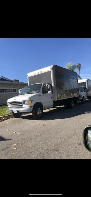 2001 FORD F450 V10 BOX TRUCK DUALLY BAD ENGINE for Sale in Los Angeles, CA