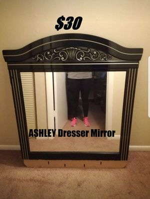 MIRROR for Sale in Shelbyville, TN