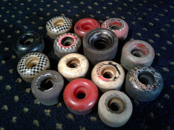 °••°☆MIXED PARTS☆BRAND USED GOOD CONDITION TRUCKS AND WHEELS☆CHECK IT!!°••°