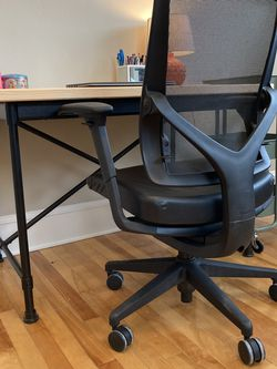 Allsteel Office Desk Chair for Sale in Worcester,  MA