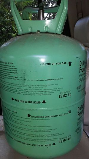DuPont r22 freon 30 lb. for Sale in Farmersville, OH