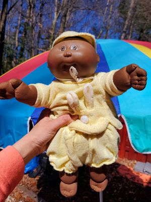 SIGNED Vintage AFRICAN AMERICAN CABBAGE PATCH DOLL for Sale in Woodbridge, VA