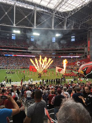 CARDINALS/RAMS. SUNDAY DEC 1st. Lower level aisle seats on the 40 yard line. for Sale in Gilbert, AZ