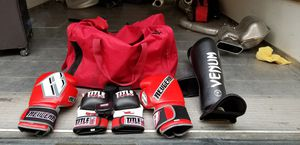 Boxing gloves and stuff for Sale in Phoenix, AZ