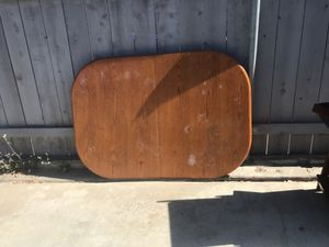 Small table with 4 chairs for Sale in San Diego, CA