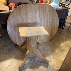 Oak Dinette Set for Sale in Clinton, MD
