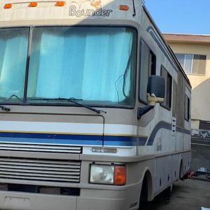 1999 FLEETWOOD Bounded RV, rims, wheels for Sale in Long Beach, CA