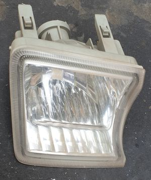 2010-2012 Toyota Prius - Driver Side Fog Signal Lamp Lens & Housing Assembly for Sale in City of Industry, CA