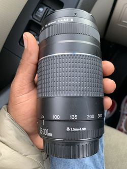 Cannon EF 75-300mm Lens for Sale in Boise,  ID
