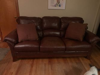 Couch for Sale in McKeesport,  PA