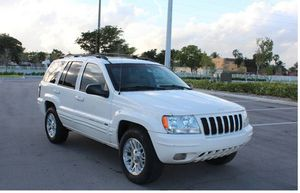Low Miles 2004 Jeep Grand Cherokee AWDWheels for Sale in Jacksonville, FL