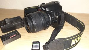 Nikon D40x camera with 18-55mm lens for Sale in Tampa, FL