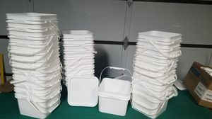 White SQUARE Food grade hard plastic BUCKETS for Sale in Palmdale, CA