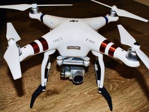 DJI PHANTOM 3 DRONE *BUNDLE* for Sale in Dallas, TX