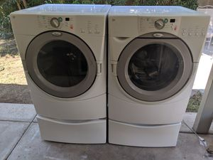 Whirlpool washer and GAS dryer with pedestals for Sale in Glendale, AZ