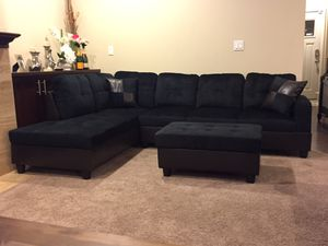 Black microfiber sectional couch and ottoman for Sale in Kent, WA