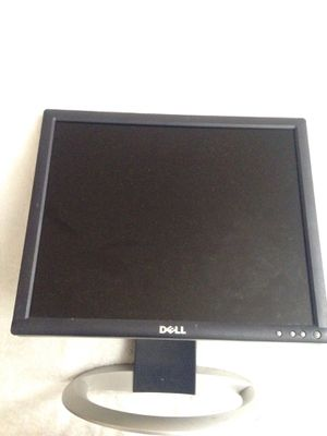 Computer monitor for Sale in Kissimmee, FL