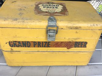 Vintage Grand Prize Pale Dry Beer Ice Chest for Sale in Dallas,  TX