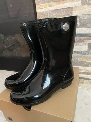 Ugg sienna rain boots for Sale in Upland, CA