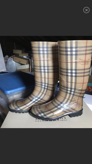 Authentic Burberry Rain Boots Size 39 for Sale in Seattle, WA
