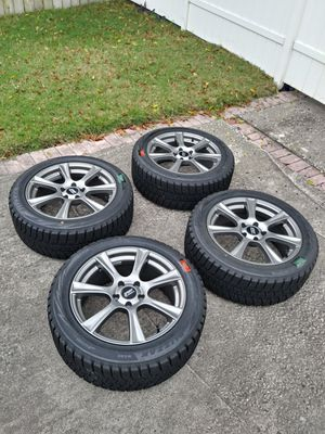 "Set of 4 nearly new rims and tires 18"" for Sale in Orlando, FL"