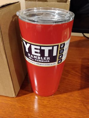 Yeti Coolers Custom Stainless Steel 20 Ounce Rambler Tumbler with Lid - BRICK RED - Keeps Your Drink Hot or Cold for Hours for Sale in Long Beach, CA