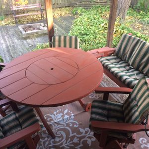 Outdoor Patio Furniture, Vandy Craft, Redwood 12 piece furniture set with coushions for Sale in Elk Grove Village, IL