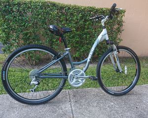 Women's Trek Mountain Bike, Hybrid Commuter. Extra Small Grey Bicycle. for Sale in Fort Lauderdale, FL