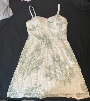 White / Green Floral Dress for Sale in Wahneta, FL