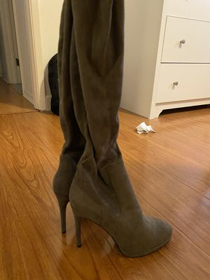 Olive Green Knee High Boots for Sale in Los Angeles, CA