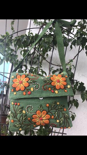 ARTISAN SHOULDER BAG MESSENGER for Sale in Hollywood, FL