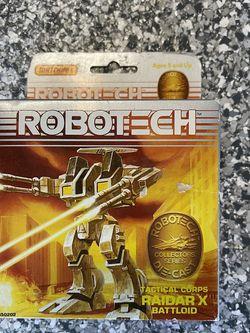 RARE Vintage 1985 Robotech Raidar X Battloid for Sale in Fort Worth,  TX