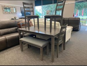 /bridson-gray-6-piece-dining-set.. SPECIAL.. Table and chairs and bench 🎗 Delivery 🚚 available for Sale in Houston, TX