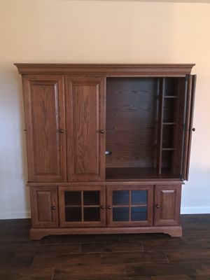 Wooden Entertainment Center for Sale in Berlin, NJ