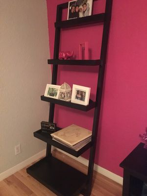 Sturdy and Stylish Ladder Shelf for Sale in Orlando, FL